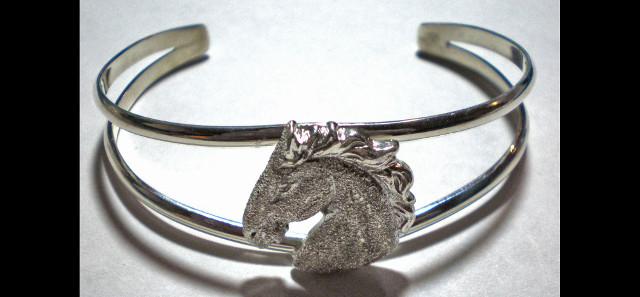 Horse Head Bracelet – Rough Cut – HHDBRAC-RH