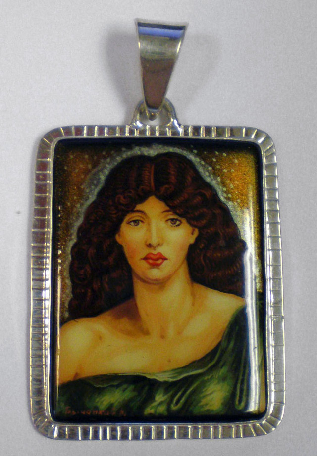 Russian Hand Painted Pre-Raphaelite Woman Pendant – RHP27