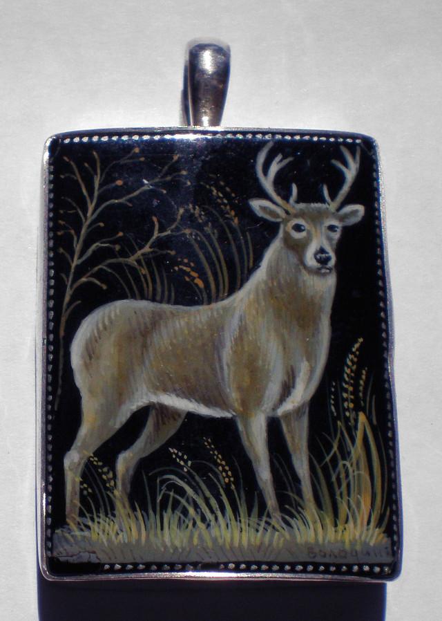 Russian Hand Painted Buck Pendant – RW16