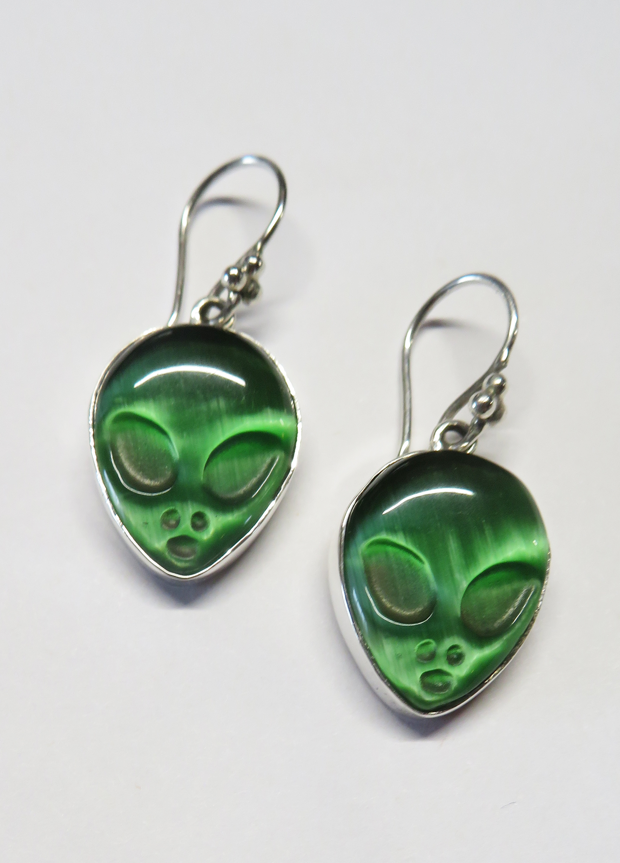 Alien Head Earrings – EB1ER