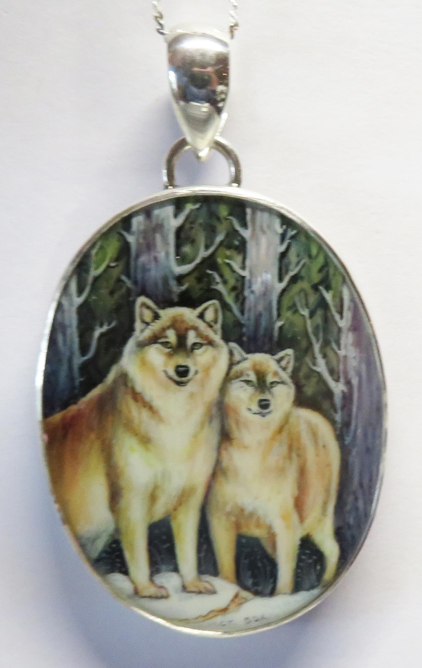 Double Wolf Pendant – HP10