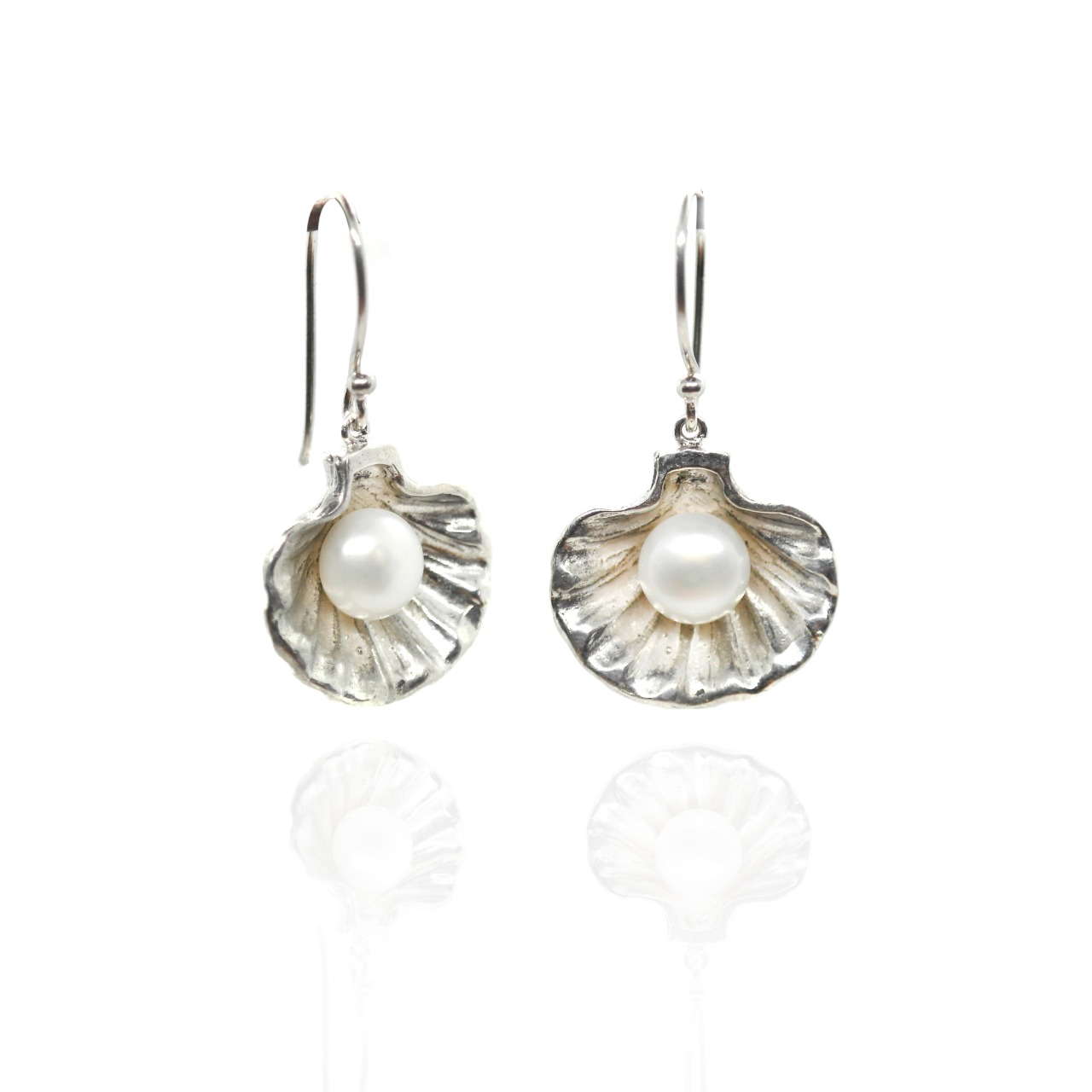 Silver Half Shell and Pearl Earring- (BP20E)